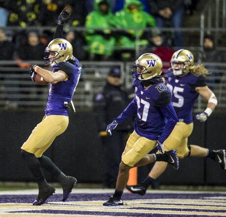 University of Washington Huskies vs. Oregon Ducks Football