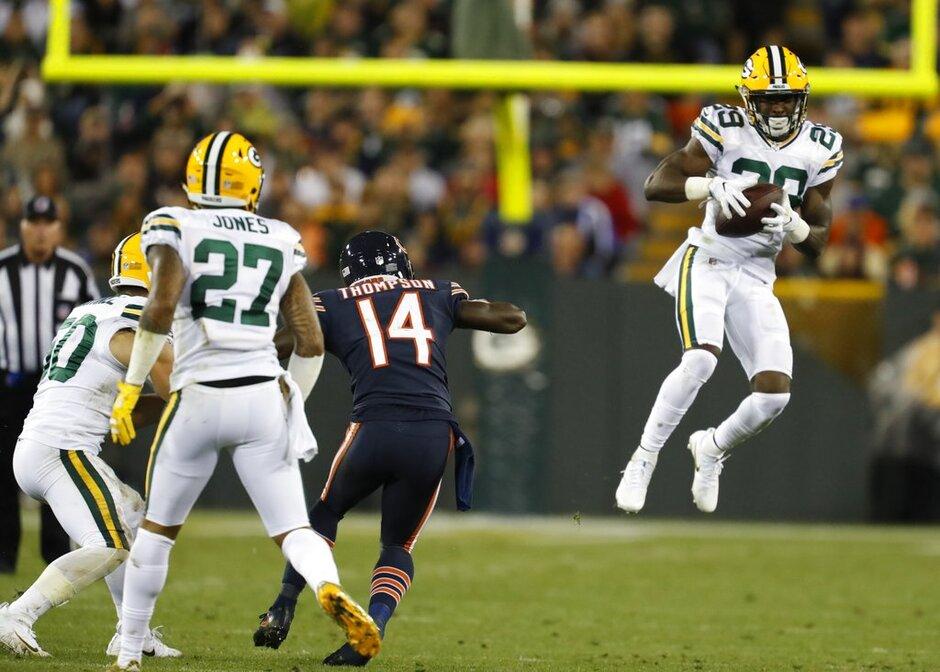 Bears Packers Football