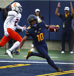 California's Jeremiah Hawkins (10) celebrates after scoring against Idaho State during the second half of an NCAA college football game Saturday, Sept. 15, 2018, in Berkeley, Calif. (AP Photo/Ben Margot)