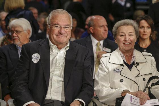 Joe Ricketts, Marlene Ricketts