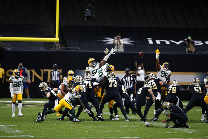 New Orleans Saints kicker Wil Lutz (3) kicks a field goal in the second half of an NFL football game against the Green Bay Packers in New Orleans, Sunday, Sept. 27, 2020. (AP Photo/Butch Dill)
