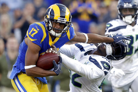 APTOPIX Seahawks Rams Football