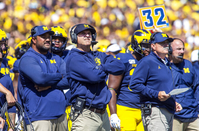 College Football Picks: Michigan tries to change narrative