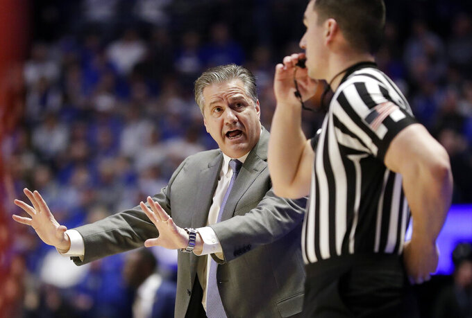No. 4 Kentucky easily beats Alabama 73-55 at SEC Tournament