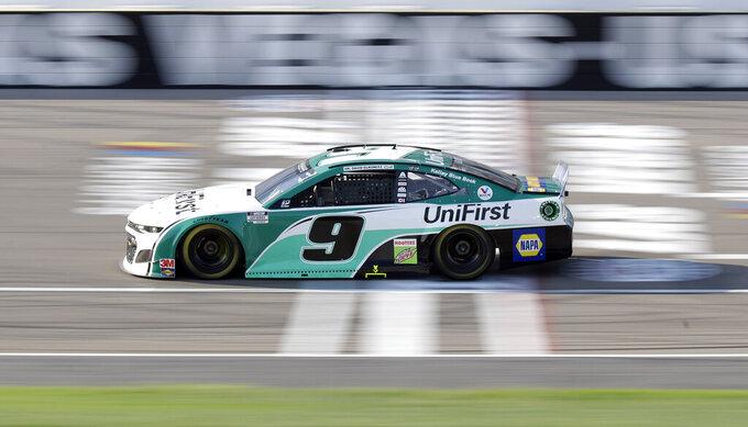 Chase Elliott drives during a NASCAR Cup Series auto race Sunday, Sept. 27, 2020, in Las Vegas. (AP Photo/Isaac Brekken)