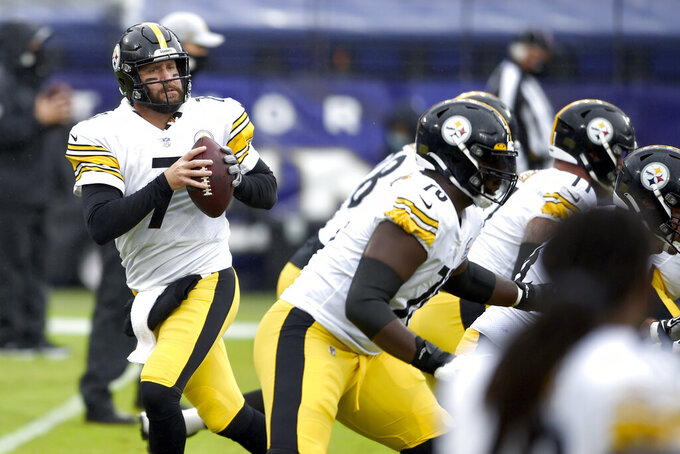 Pittsburgh Steelers quarterback Ben Roethlisberger works out prior to an NFL football game against the Baltimore Ravens, Sunday, Nov. 1, 2020, in Baltimore. (AP Photo/Gail Burton)