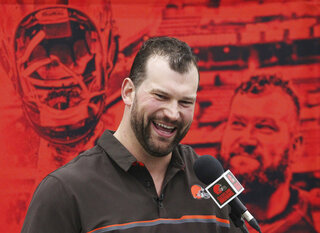 Browns' Joe Thomas bids farewell, March 19, 2018