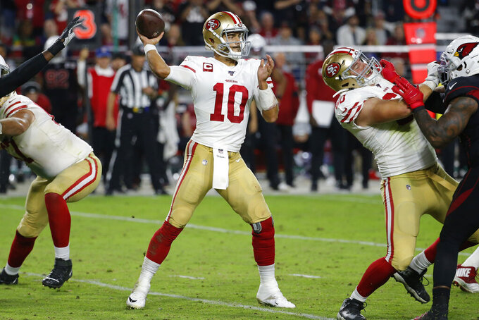 Garoppolo throws 4 TD passes, 49ers beat Cardinals 28-25