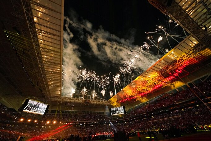 Firewoks explode over Hard Rock Stadium during halftime of the NFL Super Bowl 54 football game between the San Francisco 49ers and the Kansas City Chiefs Sunday, Feb. 2, 2020, in Miami Gardens, Fla. (AP Photo/David J. Phillip)
