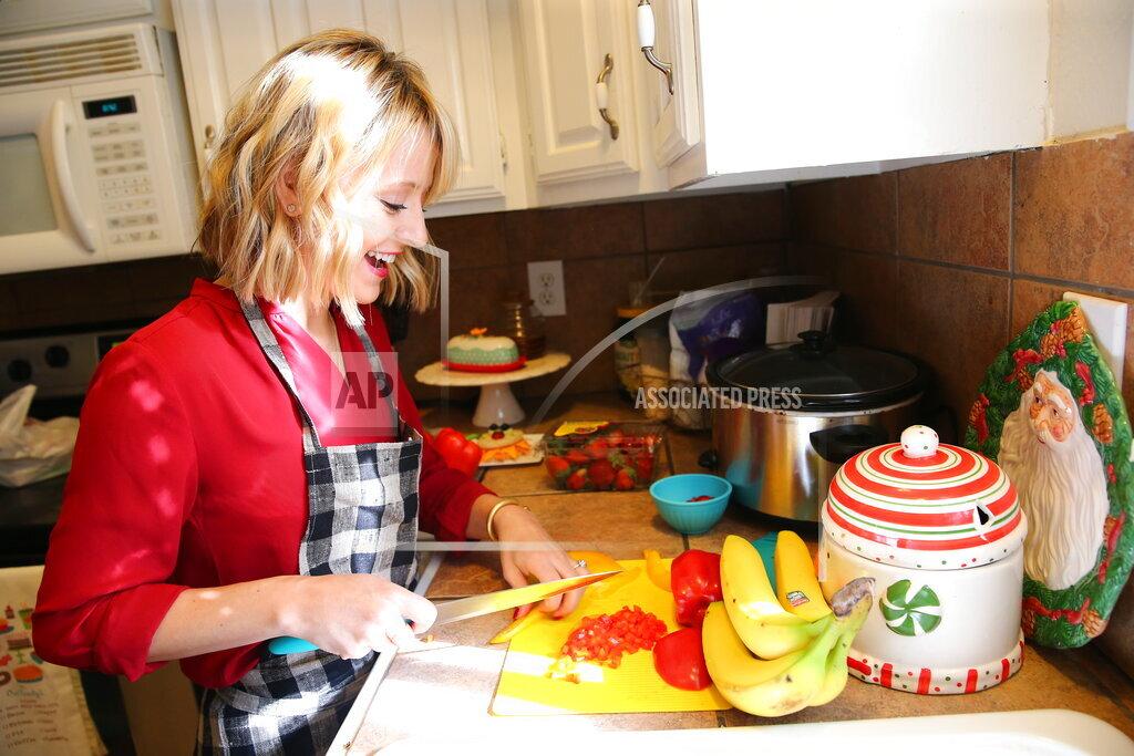 Nature's Harvest Kitchen Crash with Celebrity Chef Kelsey Nixon