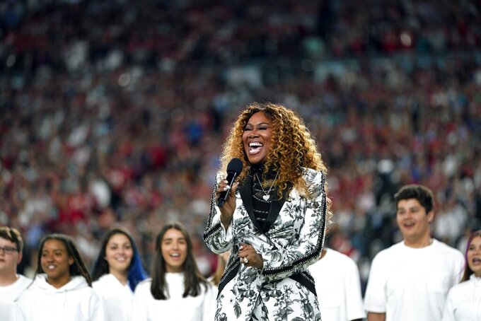 "Yolanda Adams performs ""America the Beautiful"" during before the NFL Super Bowl 54 football game between the San Francisco 49ers and the Kansas City Chiefs Sunday, Feb. 2, 2020, in Miami Gardens, Fla. (AP Photo/David J. Phillip)"