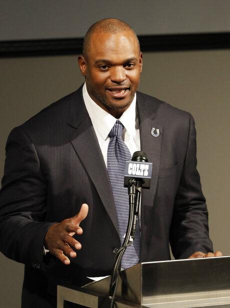 Colts Freeney Retires Football