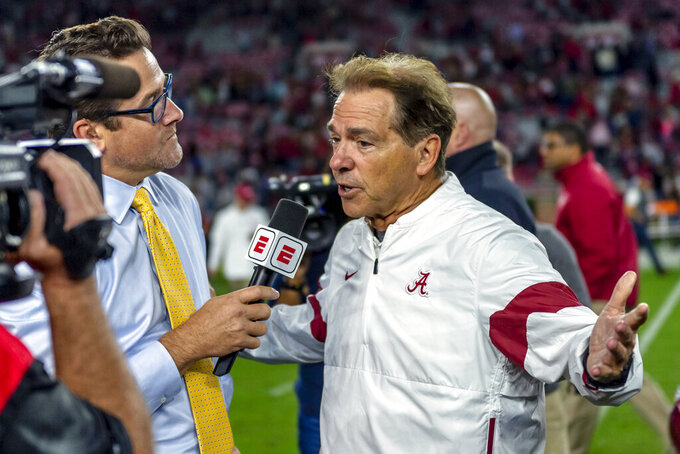 Alabama preparing for No. 1 LSU with No. 2 Tide the favorite
