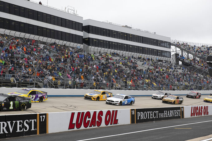 A NASCAR Cup Series auto race starts Sunday, May 5, 2019, at Dover International Speedway in Dover, Del. (AP Photo/Jason Minto)
