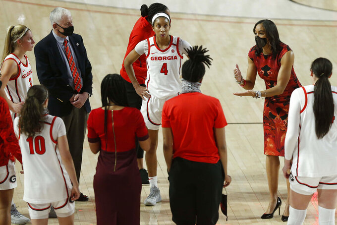 Georgia coach Joni Taylor speaks to her team after an NCAA college basketball game against Jacksonville State in Athens, Ga., Wednesday, Dec. 9, 2020. (Joshua L. Jones, Athens Banner-Herald)/Athens Banner-Herald via AP)