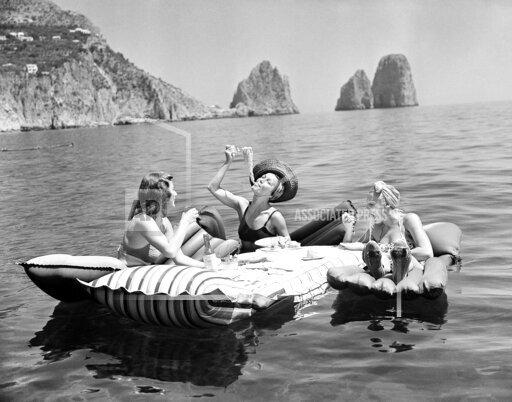 Floating Luncheon