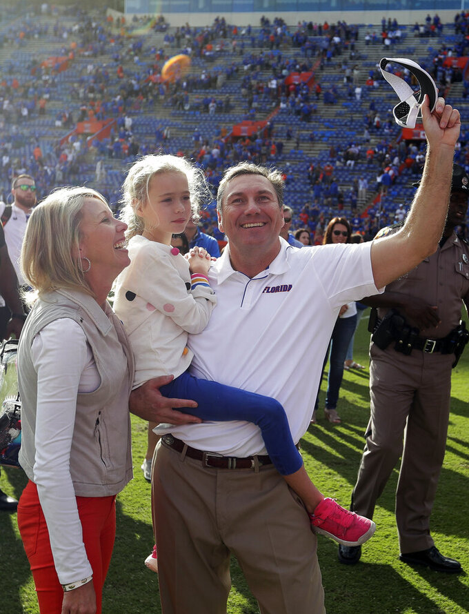 Unfamiliar rivals Florida, Virginia headed to Orange Bowl