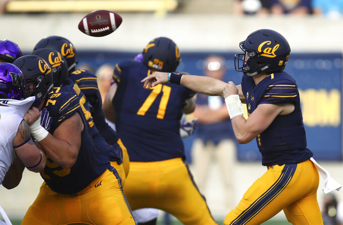Cal uses defense to stun No. 15 Washington, 12-10