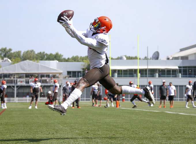 Unhip: Browns' Beckham slowed by injury heading into opener