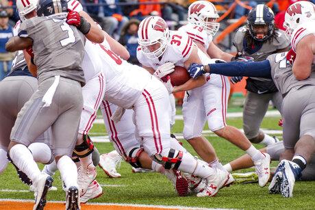 Wisconsin Illinois Football