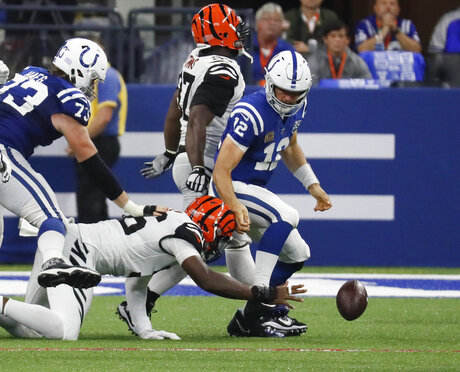 Andrew Luck, Carlos Dunlap