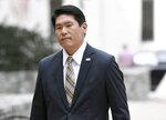 U.S. Attorney Robert Hur arrives at U.S. District Court in Baltimore Thursday, Nov. 21, 2019. On Nov. 20 he announced an 11-count federal indictment against former Baltimore mayor Catherine Pugh, accusing her of arranging fraudulent sales of her