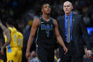 dx Dallas Mavericks head coach Rick Carlisle, Dallas Mavericks guard Dennis Smith Jr. (1)