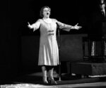 FILE - In this May 13, 1975, file photo, Kate Smith sings