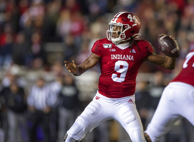 Hoosiers lose starting quarterback with season-ending injury