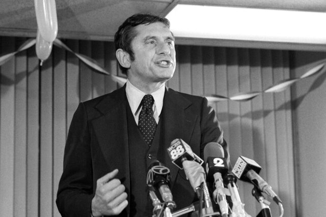 FILE - This Nov. 8, 1977 file photo shows Conservative Barry Farber, who was far behind in the New York City Mayoral race, thanks supporters at his headquarters, in New York.   Farber died of natural causes Wednesday, May 6, 2020,  at home in New York, a day after his 90th birthday, his daughter, Celia Farber, said. (AP Photo/Dan Grossi, File)