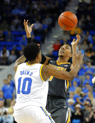 Phil Pressey, Larry Drew II