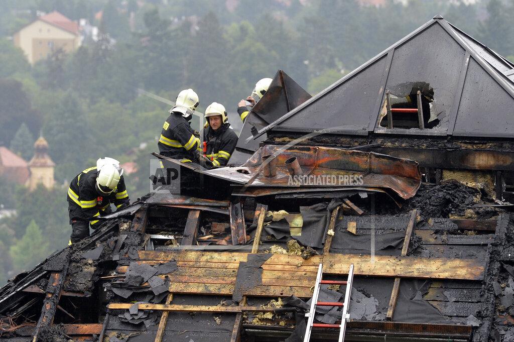 Fugitive crime boss Radovan Krejcir's villa on fire