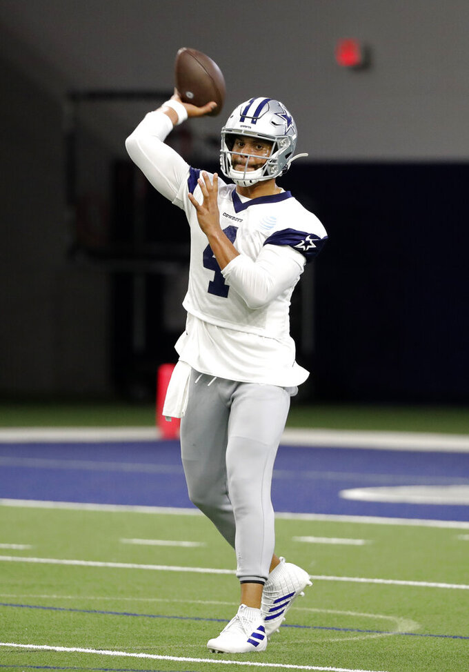 Cowboys' Prescott clicks quickly with new QB coach Kitna