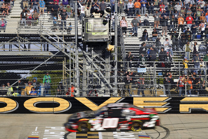 Custer takes checkered at Dover for 7th Xfinity win of year