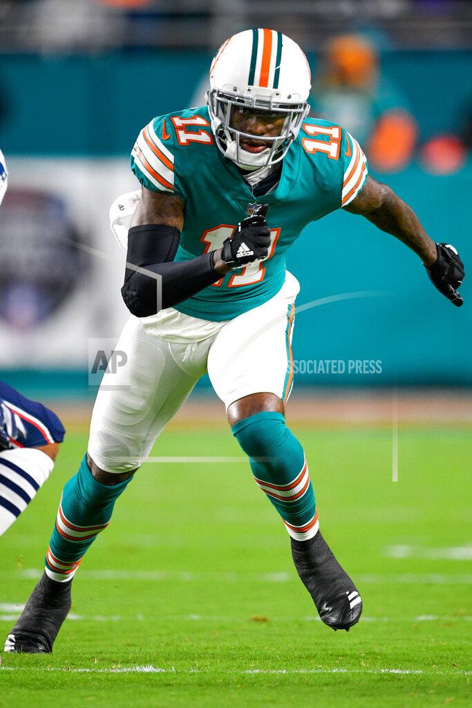 NFL AP S FBN   JMFL01 Patriots Dolphins Football