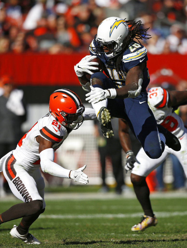 Chargers Browns Football