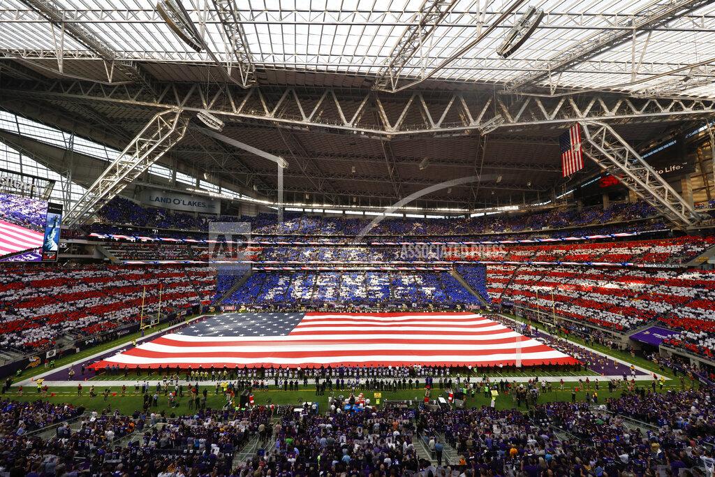 CTR AP S FBN Minnesota USA NYWWP Saints Vikings Football