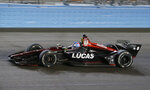 Robert Wickens drives during the IndyCar auto race Saturday, April 7, 2018, at Phoenix International Raceway in Avondale, Ariz. (AP Photo/Rick Scuteri)