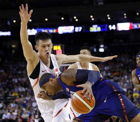 Carmelo Anthony, Zhou Peng