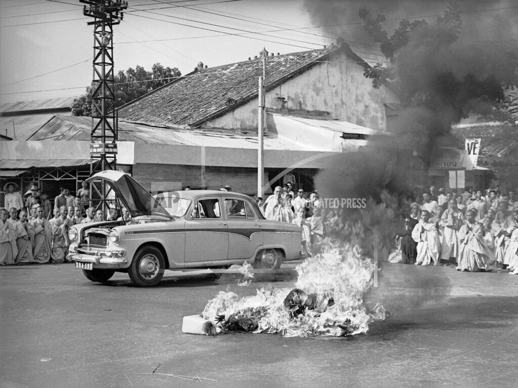 Watchf AP I   VNM APHS327172 Vietnam Monk Protest