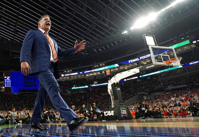 Auburn head coach Bruce Pearl reacts to a call during the first half against Virginia in the semifinals of the Final Four NCAA college basketball tournament, Saturday, April 6, 2019, in Minneapolis. (AP Photo/Jeff Roberson)