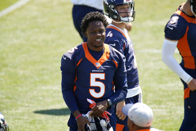 Denver Broncos quarterback Teddy Bridgewater takes part in drills during a mandatory minicamp at the NFL team's training headquarters Tuesday, June 15, 2021, in Englewood, Colo. (AP Photo/David Zalubowski)