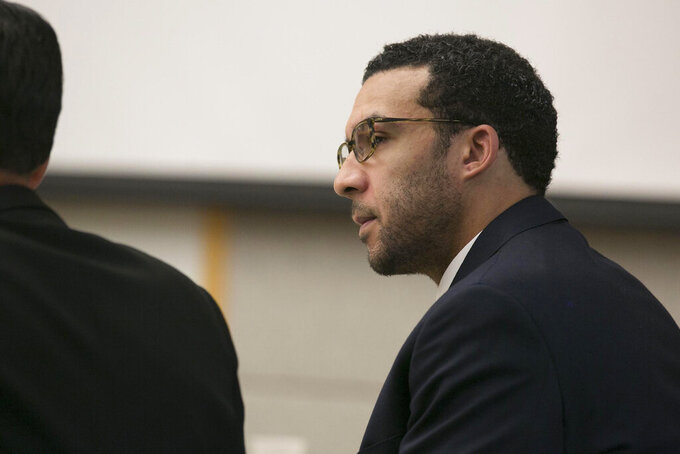First accuser testifies at ex-NFL player's rape trial