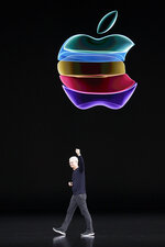 Apple CEO Tim Cook waves to the crowd as he leaves the stage for an event to announce new products Tuesday, Sept. 10, 2019, in Cupertino, Calif. (AP Photo/Tony Avelar)
