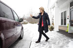 Democratic presidential candidate Sen. Elizabeth Warren, D-Mass., departs after a visit to the Great Bay Kids' Company, Thursday, Feb. 6, 2020, in Exeter, N.H. (AP Photo/Matt Rourke)