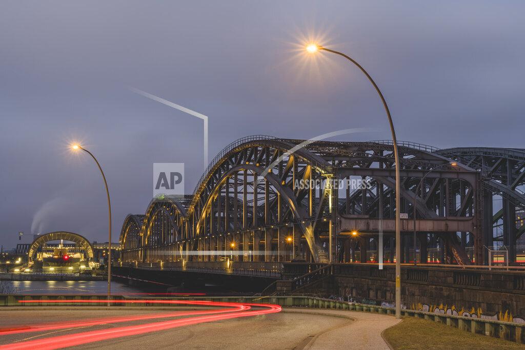 Germany, Hamburg, Freihafenelbbrucke illuminated at night