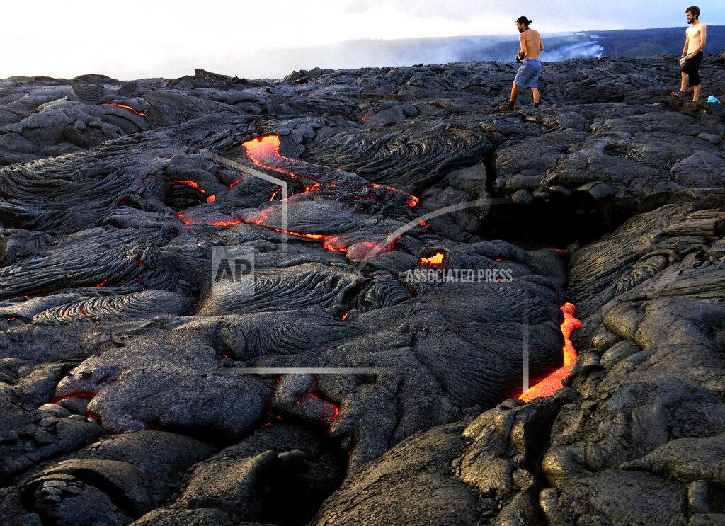 APTOPIX Hawaii Lava Flow