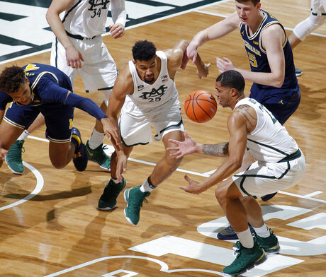 Miles Bridges, Kenny Goins, Isaiah Livers, Jon Teske