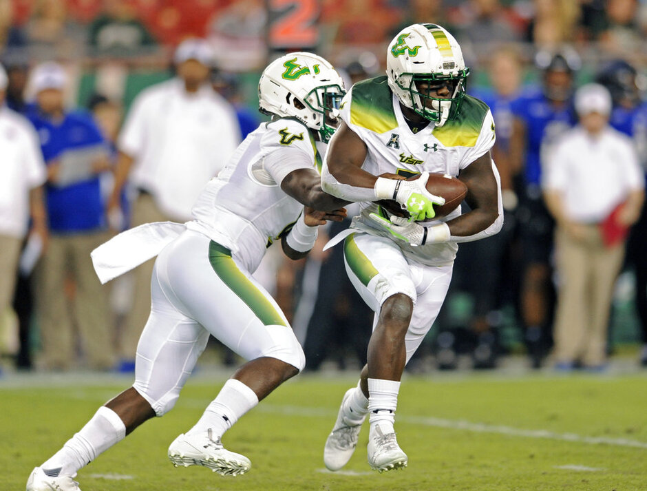 Quinton Flowers, D'Ernest Johnson