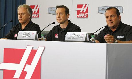 Gene Haas, Kurt Busch, Greg Zipadelli